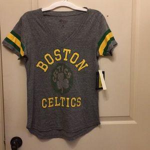 NWT Boston Celtic nba store T-shirt/ beaded logo
